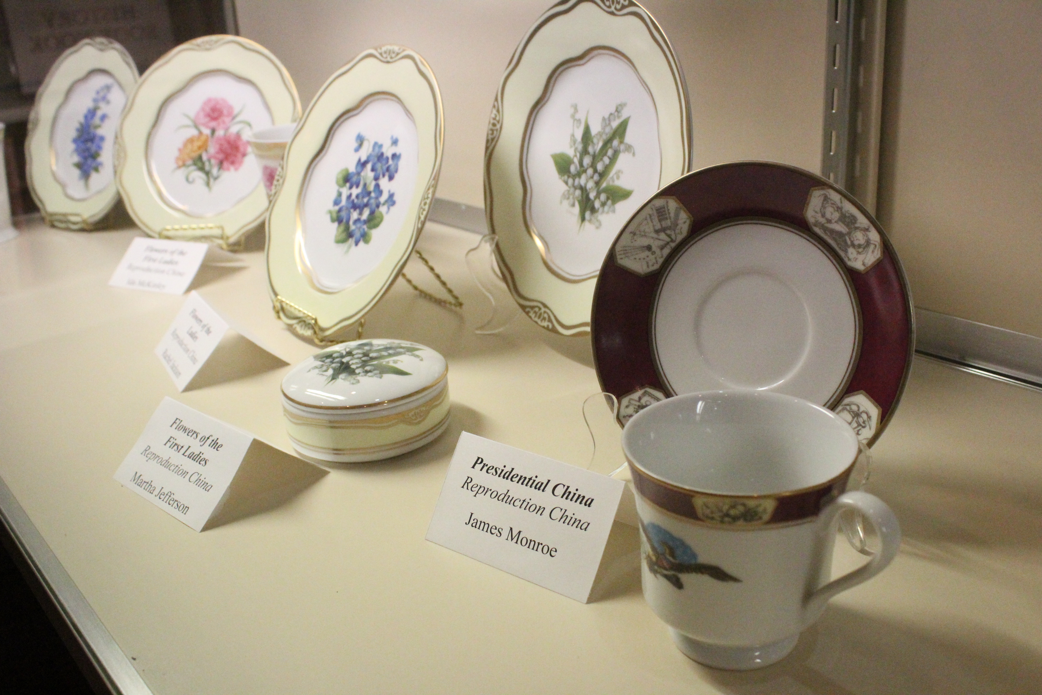 Sets of China sold at the Presidential Site